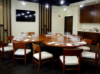 Dining Out on an Expense Account | MW Restaurant Honolulu