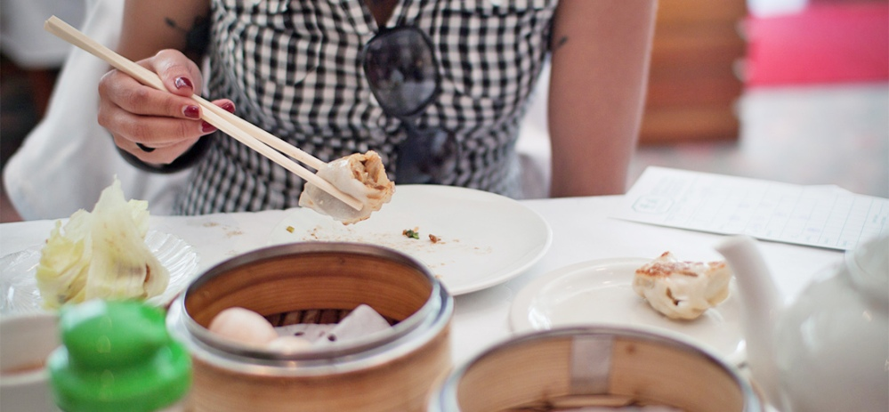 Get our tips for going out to eat with Chinese clients!